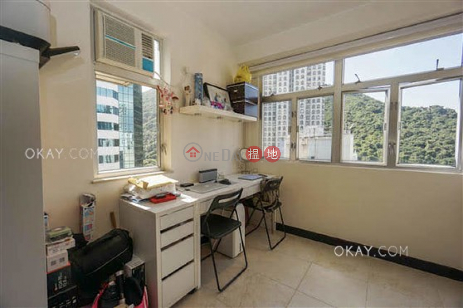 Property Search Hong Kong | OneDay | Residential, Sales Listings Luxurious 3 bedroom on high floor with rooftop | For Sale