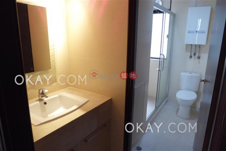 Efficient 4 bedroom with parking | Rental | Park Mansions 百年順大廈 Rental Listings