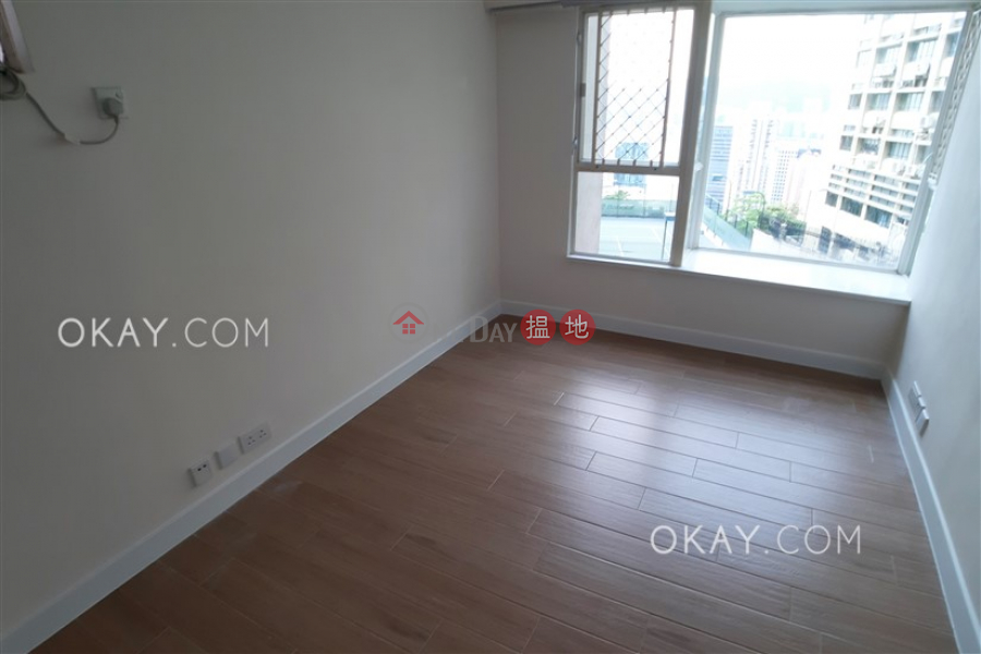 Nicely kept 3 bedroom with balcony | Rental | Pacific Palisades 寶馬山花園 Rental Listings