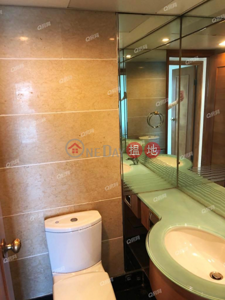 HK$ 30,000/ month | Tower 7 Island Resort Chai Wan District Tower 7 Island Resort | 3 bedroom Low Floor Flat for Rent