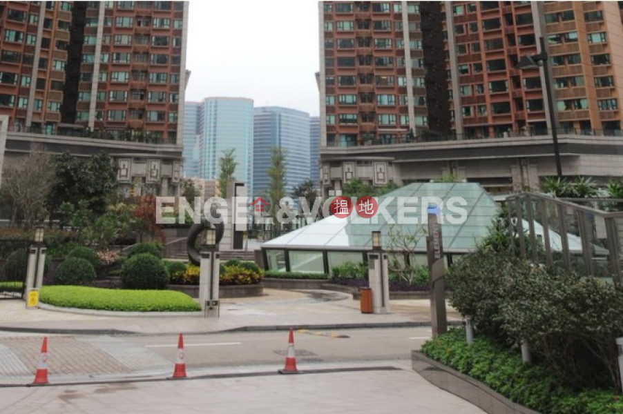 3 Bedroom Family Flat for Rent in West Kowloon | 1 Austin Road West | Yau Tsim Mong | Hong Kong Rental HK$ 53,000/ month
