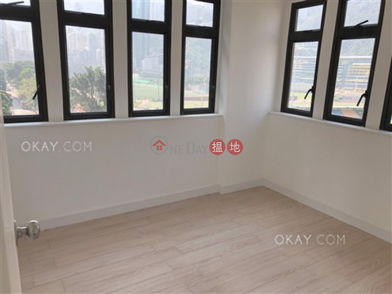 Gorgeous 2 bedroom on high floor with racecourse views | Rental | 135-135A Wong Nai Chung Road | Wan Chai District | Hong Kong Rental | HK$ 42,000/ month