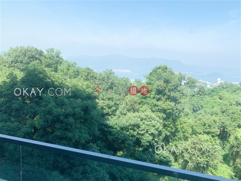 Gorgeous 4 bedroom on high floor with balcony & parking | Rental | La Vetta 澐灃 Rental Listings
