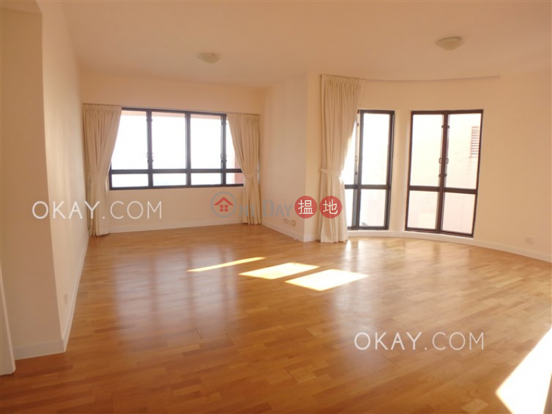HK$ 128,000/ month, Pacific View | Southern District, Rare penthouse with sea views, rooftop & balcony | Rental