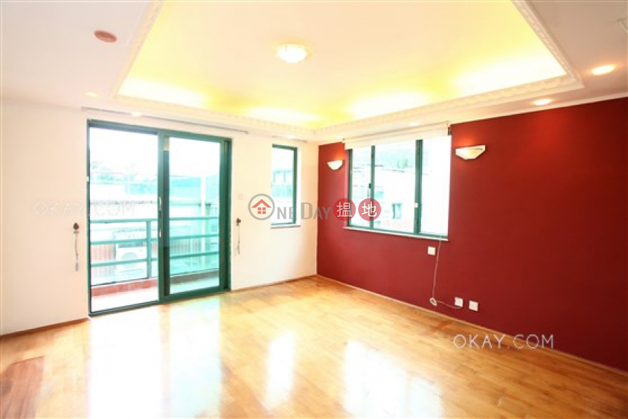HK$ 25,000/ month Villa Gold Finch, Sai Kung Generous house with rooftop, balcony | Rental