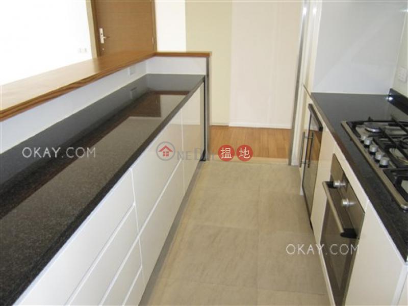Gorgeous 3 bedroom with balcony & parking   Rental   Aqua 33 金粟街33號 Rental Listings