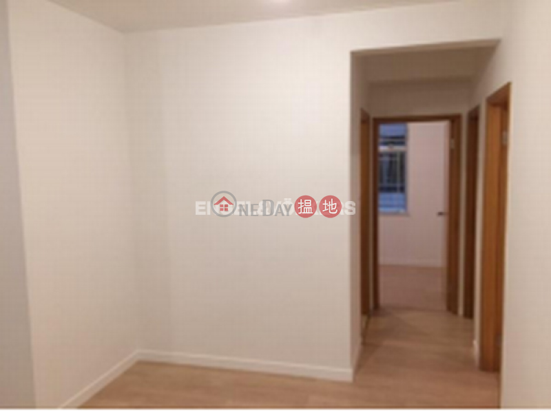 3 Bedroom Family Flat for Rent in Wan Chai | Hyde Centre 海聯大廈 Rental Listings