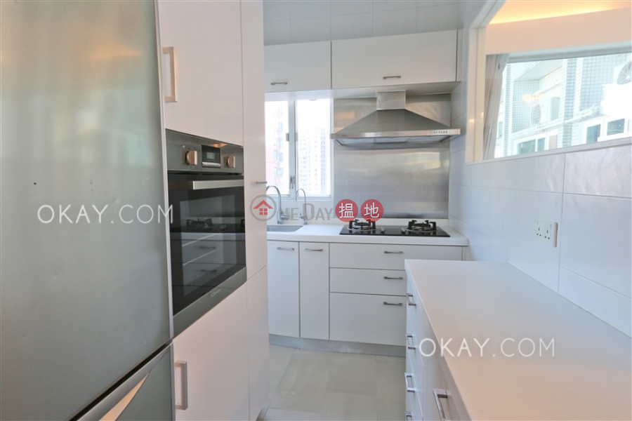 Tasteful 2 bedroom on high floor with sea views | For Sale 1 Rednaxela Terrace | Western District, Hong Kong, Sales HK$ 15.5M