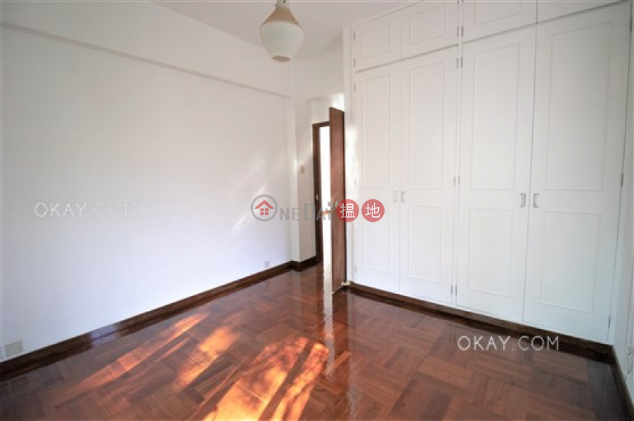 Rare 3 bedroom on high floor with balcony & parking | Rental | 10-16 Pokfield Road 蒲飛路 10-16 號 Rental Listings