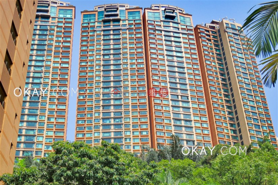 Lovely 2 bed on high floor with racecourse views | Rental | The Leighton Hill 禮頓山 Rental Listings