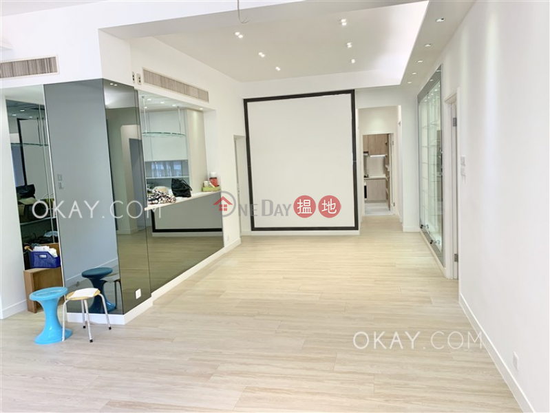 Unique 3 bedroom with terrace & parking | For Sale | Shuk Yuen Building 菽園新臺 Sales Listings