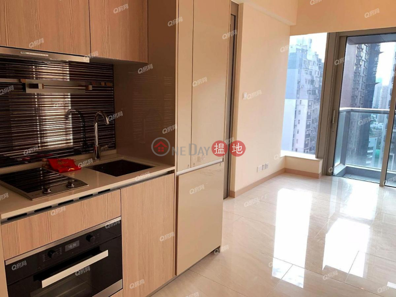 HK$ 25,000/ month, King\'s Hill | Western District, King\'s Hill | 1 bedroom Mid Floor Flat for Rent