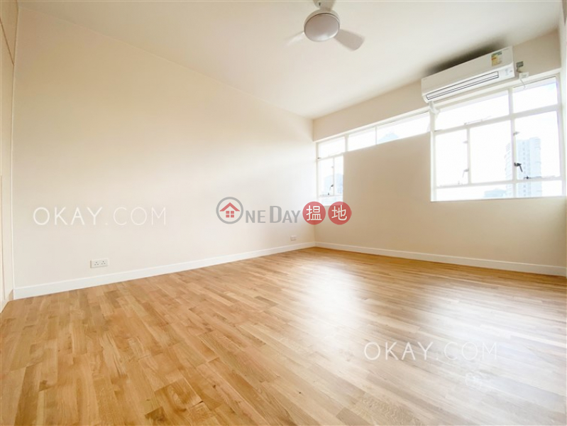 Efficient 4 bedroom with balcony & parking   Rental 8-9 Bowen Road   Central District   Hong Kong   Rental   HK$ 105,000/ month