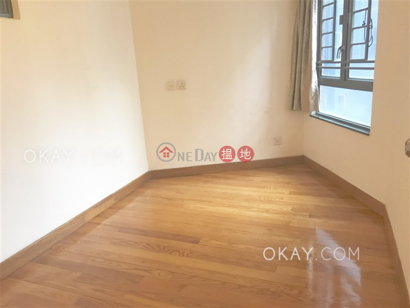 Nicely kept 2 bedroom in Sheung Wan | For Sale | Hollywood Terrace 荷李活華庭 Sales Listings
