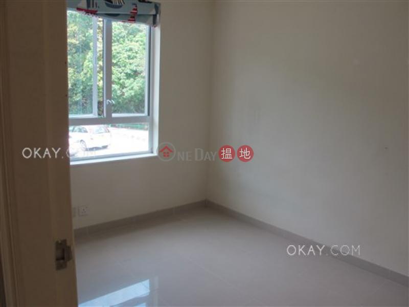 Elegant house with balcony & parking | Rental | Sheung Yeung Village House 上洋村村屋 Rental Listings