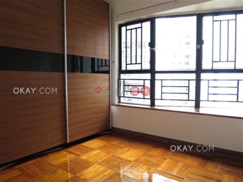 Stylish 3 bedroom with parking | Rental, Blessings Garden 殷樺花園 Rental Listings | Western District (OKAY-R53247)