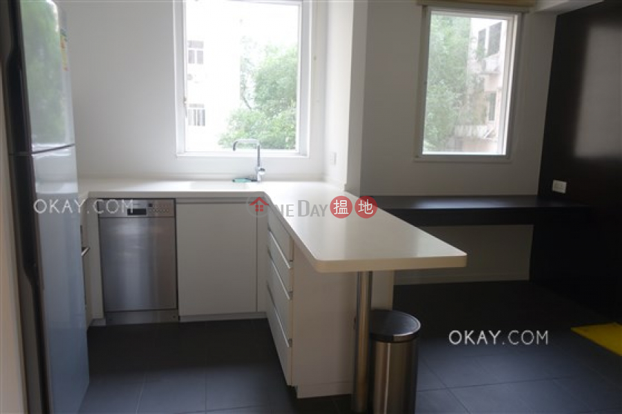 HK$ 30,000/ month, Greenland Gardens | Western District Popular 1 bedroom with parking | Rental