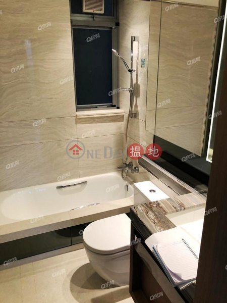 Property Search Hong Kong | OneDay | Residential | Rental Listings | Park Yoho Venezia Phase 1B Block 5A | 3 bedroom Low Floor Flat for Rent