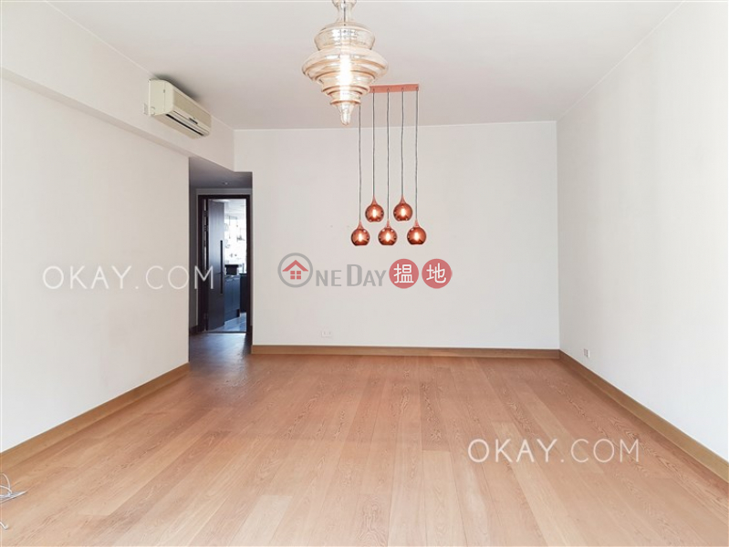 Beautiful 3 bedroom with balcony & parking | Rental | The Altitude 紀雲峰 Rental Listings