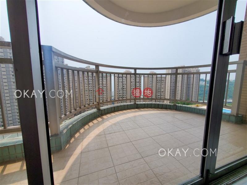 HK$ 48,000/ month | Block 45-48 Baguio Villa | Western District, Efficient 3 bedroom with balcony & parking | Rental
