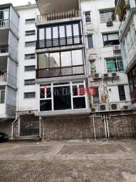 Pine Gardens | 2 bedroom Mid Floor Flat for Sale | Pine Gardens 松苑 Sales Listings