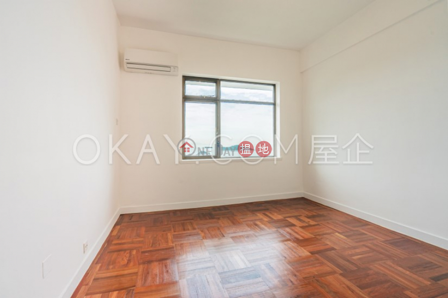 HK$ 84,000/ month   Repulse Bay Apartments, Southern District Efficient 3 bedroom with sea views & balcony   Rental