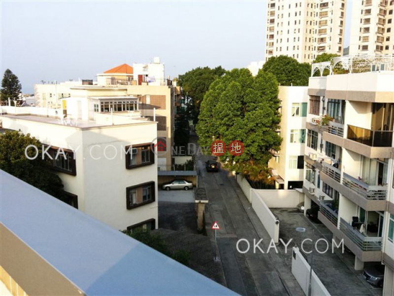 Charming penthouse with rooftop & parking | For Sale | 43 Bisney Road | Western District Hong Kong, Sales, HK$ 27M