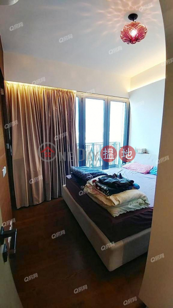 Dunbar Place | 4 bedroom High Floor Flat for Sale | Dunbar Place Dunbar Place Sales Listings
