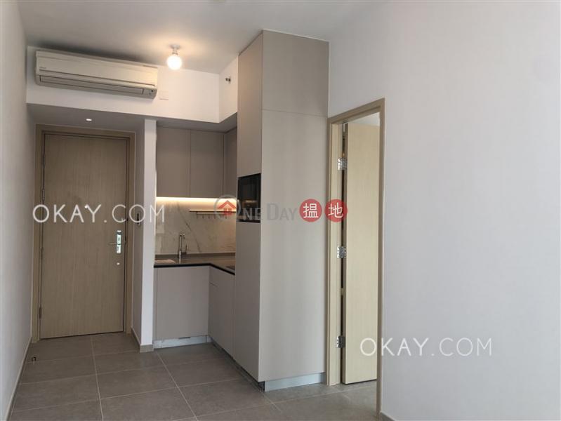 HK$ 25,900/ month | Resiglow Pokfulam Western District | Practical 1 bedroom with balcony | Rental
