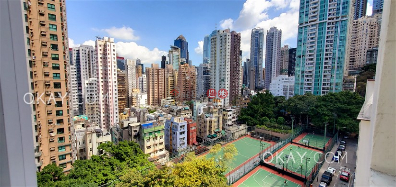 HK$ 26,500/ month Tai Hing Building, Central District Charming 1 bedroom in Sheung Wan | Rental