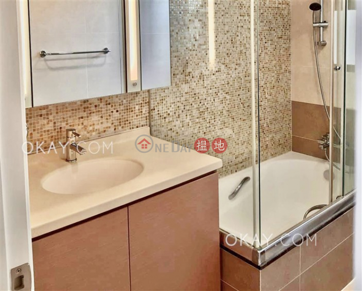 HK$ 66,000/ month, Flora Garden Block 3 | Wan Chai District | Stylish 3 bedroom with balcony & parking | Rental