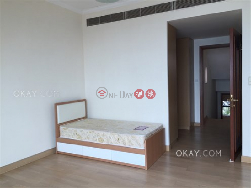 HK$ 120,000/ month Phase 1 Regalia Bay | Southern District | Lovely house with rooftop, balcony | Rental