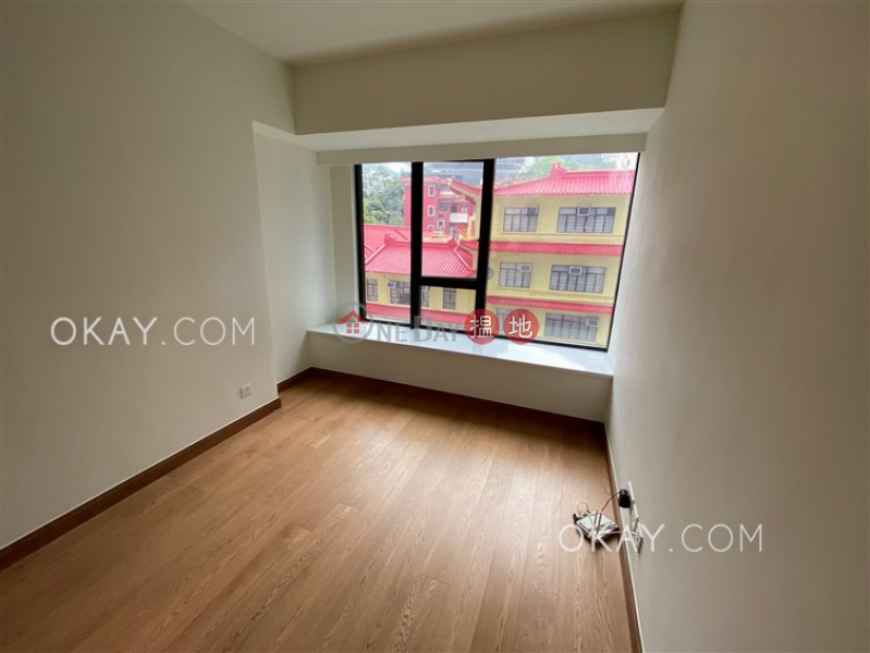 HK$ 36,800/ month Resiglow Wan Chai District Charming 2 bedroom with balcony   Rental