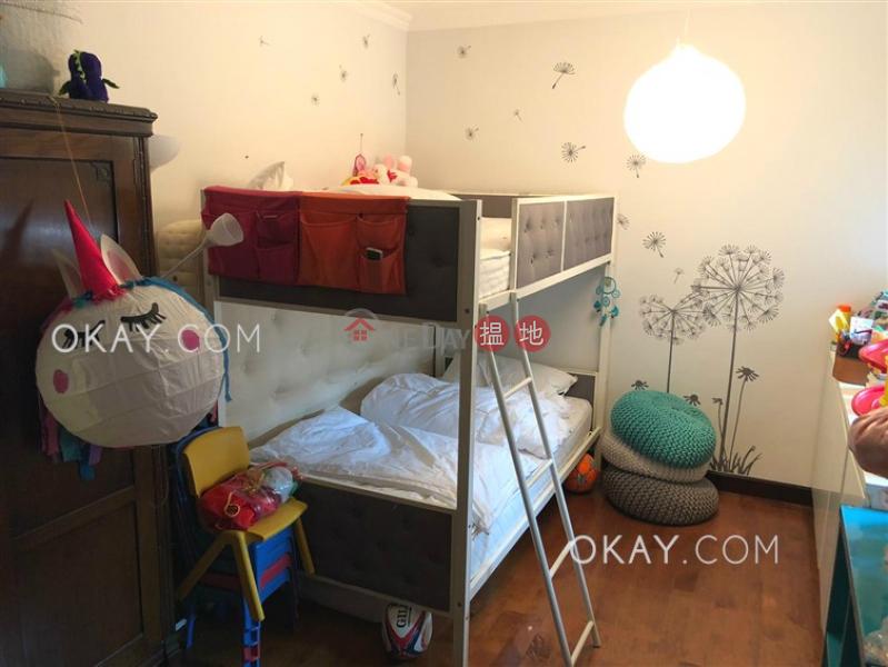 HK$ 55,000/ month, Block 45-48 Baguio Villa, Western District Efficient 3 bed on high floor with balcony & parking | Rental