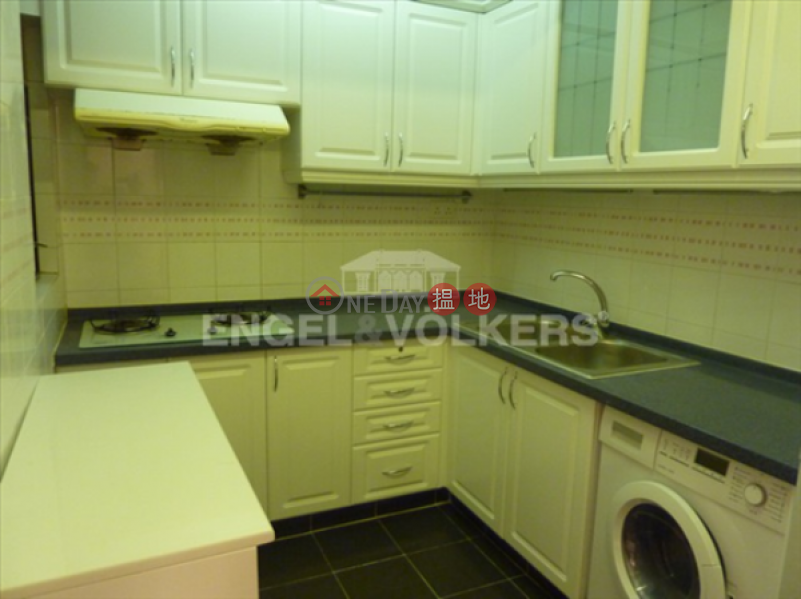 3 Bedroom Family Flat for Sale in Causeway Bay | Illumination Terrace 光明臺 Sales Listings
