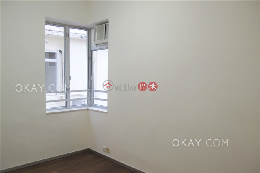 HK$ 29,000/ month | 219-221 Sai Yee Street Yau Tsim Mong, Intimate 3 bedroom on high floor | Rental