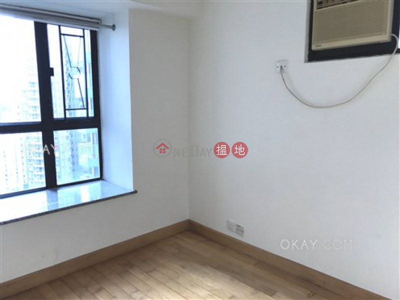HK$ 10M, Caine Tower, Central District | Tasteful 2 bedroom in Sheung Wan | For Sale