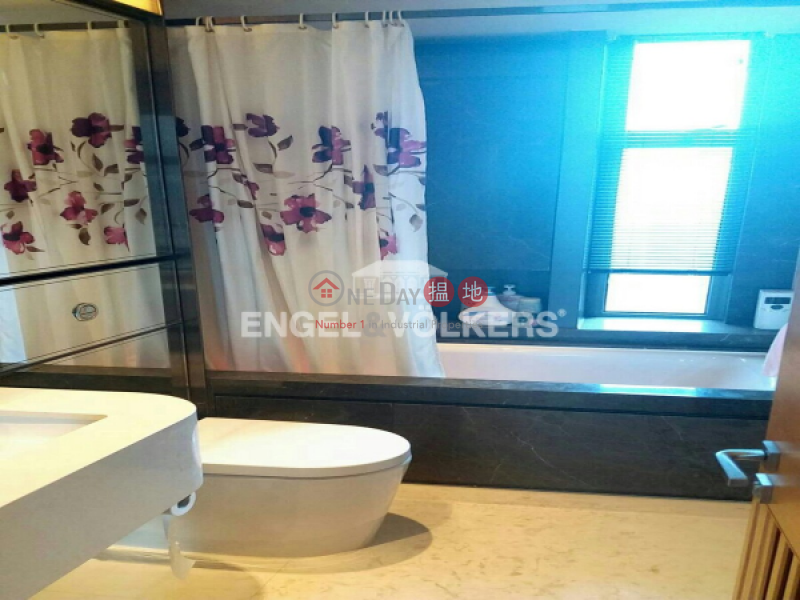 3 Bedroom Family Flat for Sale in Central Mid Levels | Arezzo 瀚然 Sales Listings
