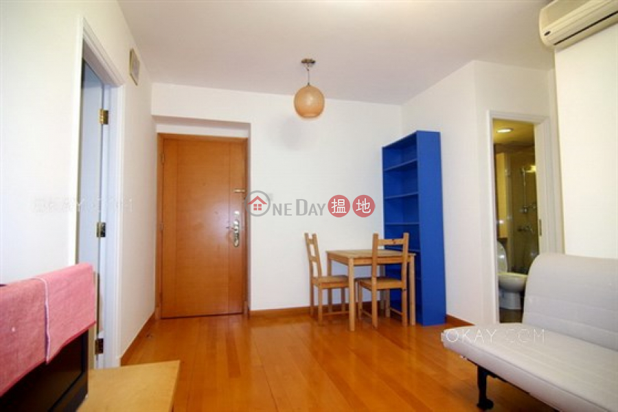 Lovely 1 bedroom in Sheung Wan | For Sale | Queen\'s Terrace 帝后華庭 Sales Listings