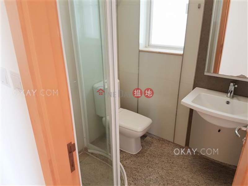 HK$ 30,000/ month | The Orchards Block 2 Eastern District Charming 3 bedroom with balcony | Rental