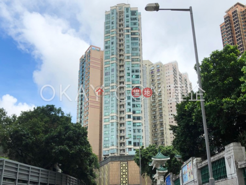 HK$ 18.5M   Silverwood Wan Chai District, Lovely 1 bedroom on high floor   For Sale