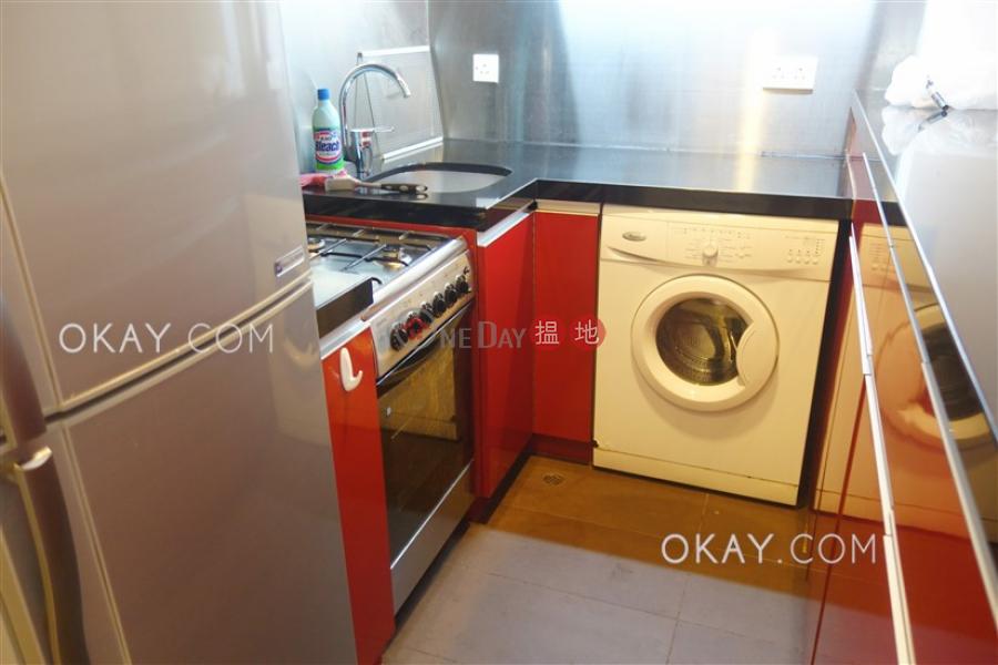 Elegant 2 bedroom with balcony   Rental, Wise Mansion 威勝大廈 Rental Listings   Western District (OKAY-R14608)