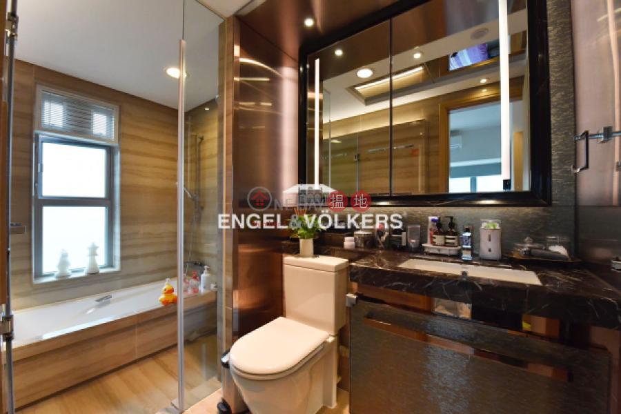 4 Bedroom Luxury Apartment/Flat for Sale in Tuen Mun | Century Gateway Phase 1 瓏門一期 Sales Listings