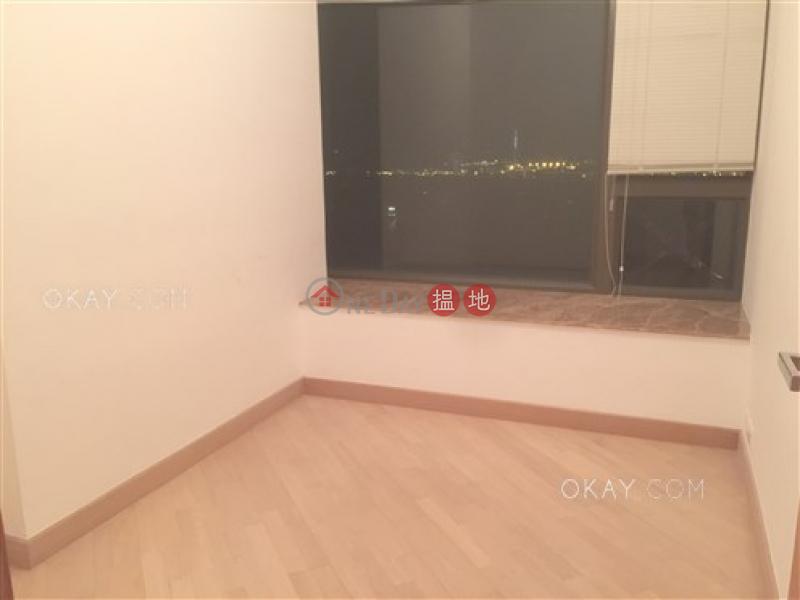 HK$ 3,600萬|維壹-西區3房2廁,極高層,星級會所,連租約發售《維壹出售單位》