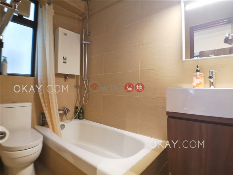 HK$ 36,000/ month, Hooley Mansion, Wan Chai District | Elegant 2 bedroom in Happy Valley | Rental