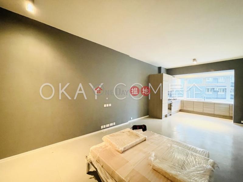 2房2廁,露台好景大廈出租單位66-68麥當勞道 | 中區-香港-出租HK$ 60,000/ 月
