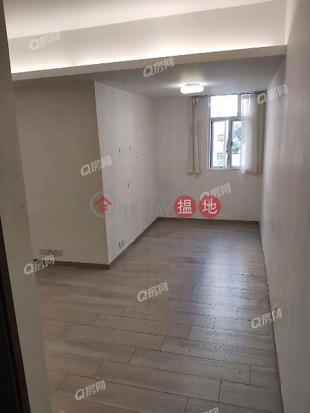 On Fat Building   1 bedroom Low Floor Flat for Rent 10 Kwan Yick Street   Western District   Hong Kong   Rental HK$ 16,000/ month