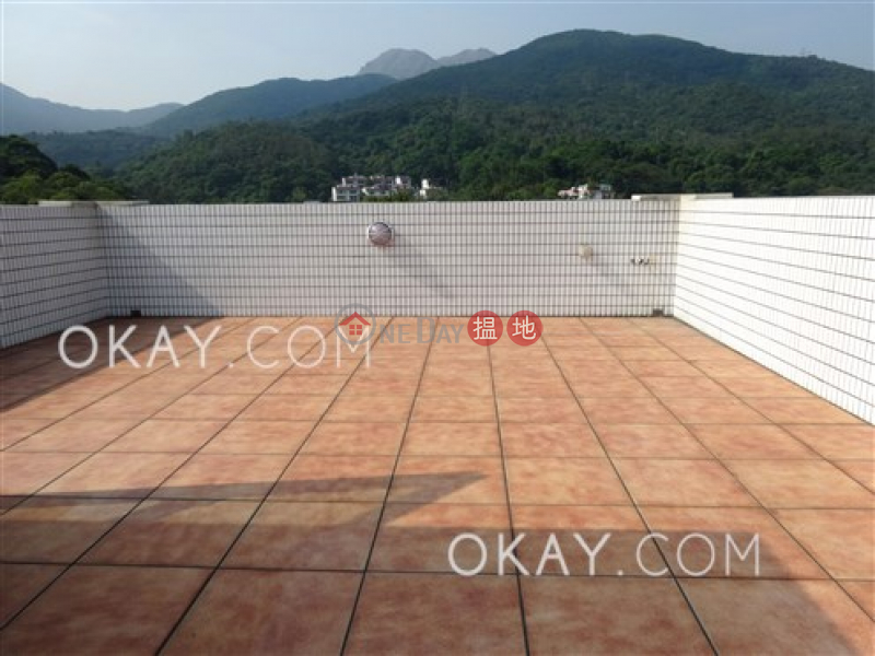 HK$ 27.8M Ho Chung New Village   Sai Kung Luxurious house with rooftop, terrace & balcony   For Sale