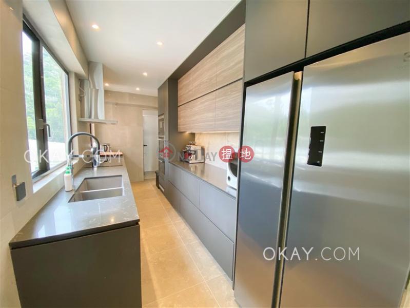 3房2廁,連車位《雅翠苑出售單位》 雅翠苑(Elegant Villa)出售樓盤 (OKAY-S391304)