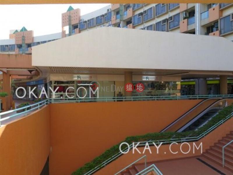 Elegant 3 bedroom with balcony | Rental, Discovery Bay Plaza / DB Plaza 愉景廣場 Rental Listings | Lantau Island (OKAY-R305118)